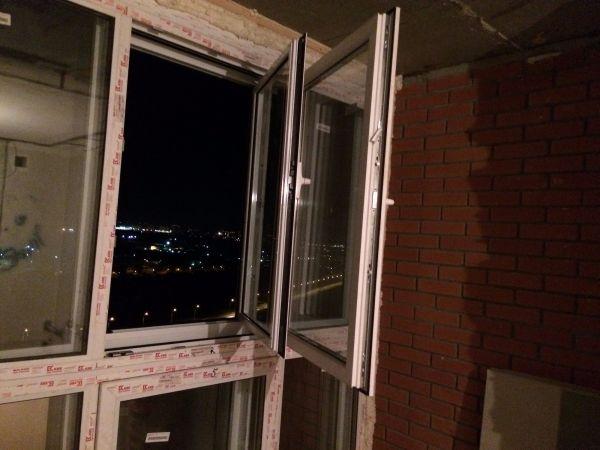 Остекление лоджии вторым контуром пластиковыми окнами., умен.